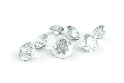 Aus Asche gepresste Diamanten