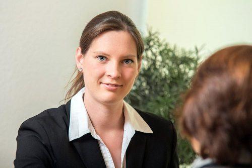 Bestatterin Julia Reinders-Verhoeven